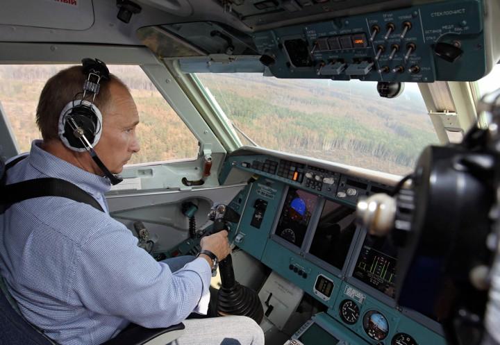 Vladimir Putin uçak kgb