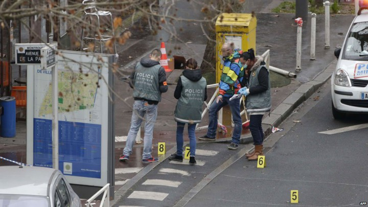 Fransa Charlie Hebdo saldırısı polis vuruldu