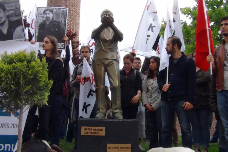 Ali İsmail Korkmaz - Eskişehir heykel
