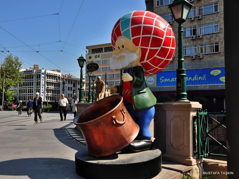 Nasreddin hoca - Eskişehir heykel