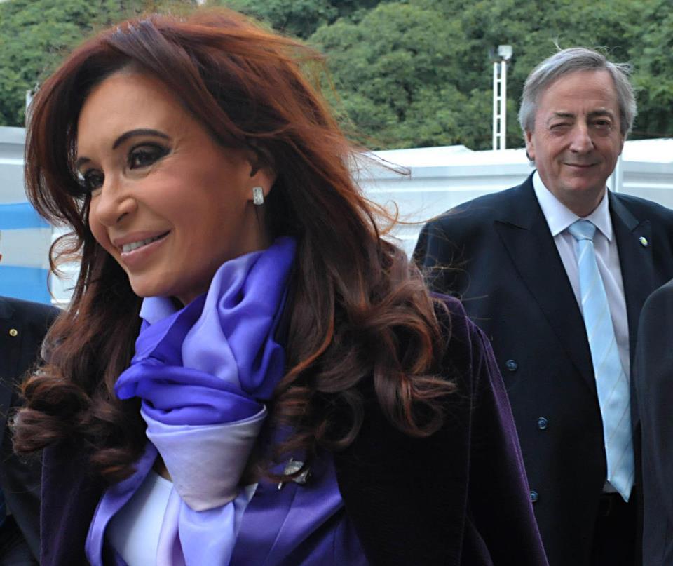 Cristina Fernandez de Kirchner, sosyal medya hesapları: facebook, twitter, instagram