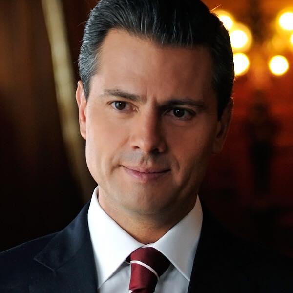 Enrique Peña Nieto, sosyal medya hesapları: facebook, twitter, instagram