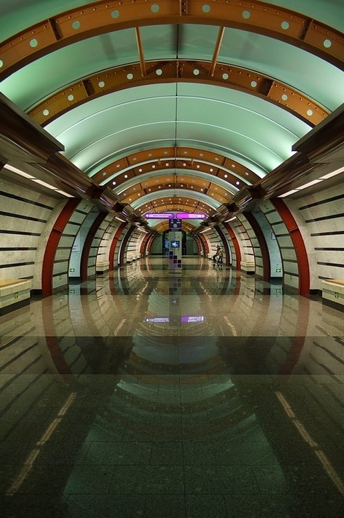 Obvodny canal St. Petersburg Metro Durağı